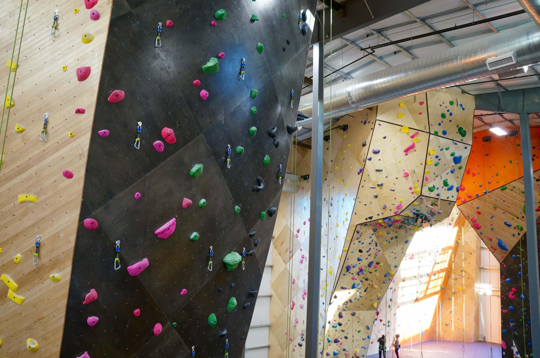 ug rope walls lr
